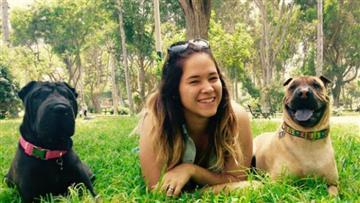 'La encantadora de perros': Peruana funda el primer centro de psicología canina