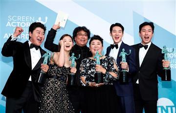 """""""Parasite"""" sigue ganando premios y va rumbo al Oscar"""