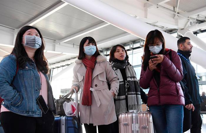 Peligroso coronavirus sigue alertando al mundo (EFE).