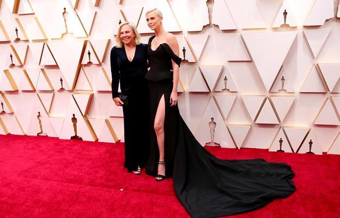 Alfombra roja del Óscar 2020 será tendencia de moda en las próximas semanas (). Foto: EFE