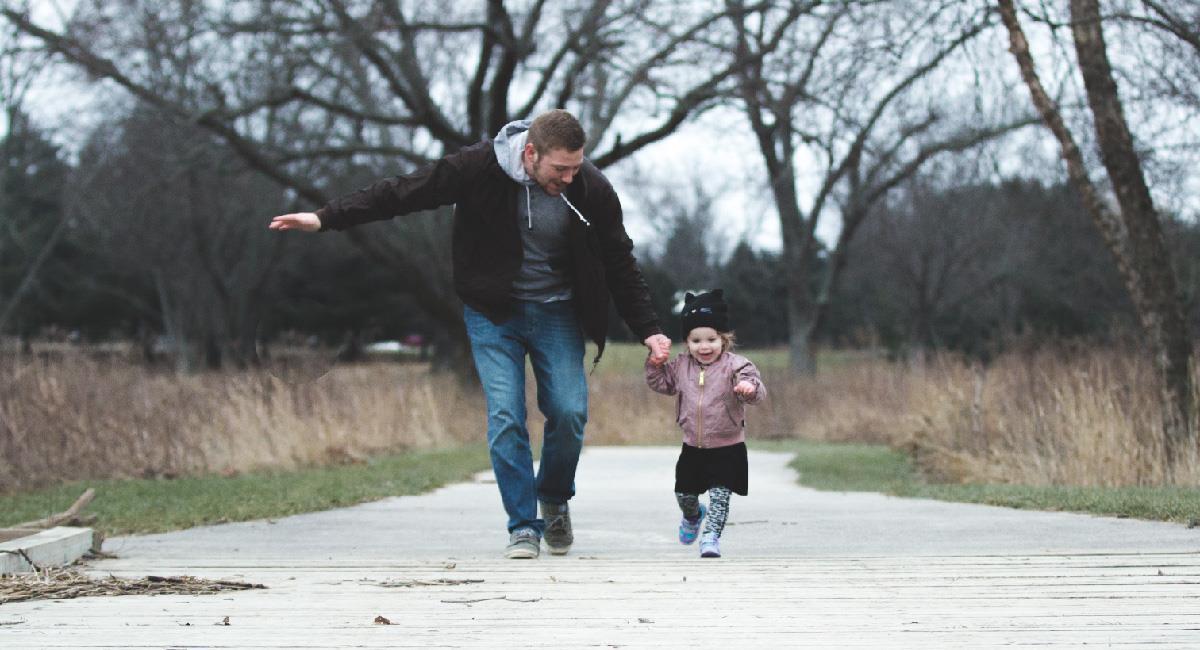 15 frases para regalarle a tu hermano en el Día del Padre. Foto: Pexels