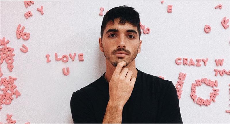 Conoce a Marco, el nuevo galán de El Stand de los Besos 2. Foto: Instagram @taylorzakharperez