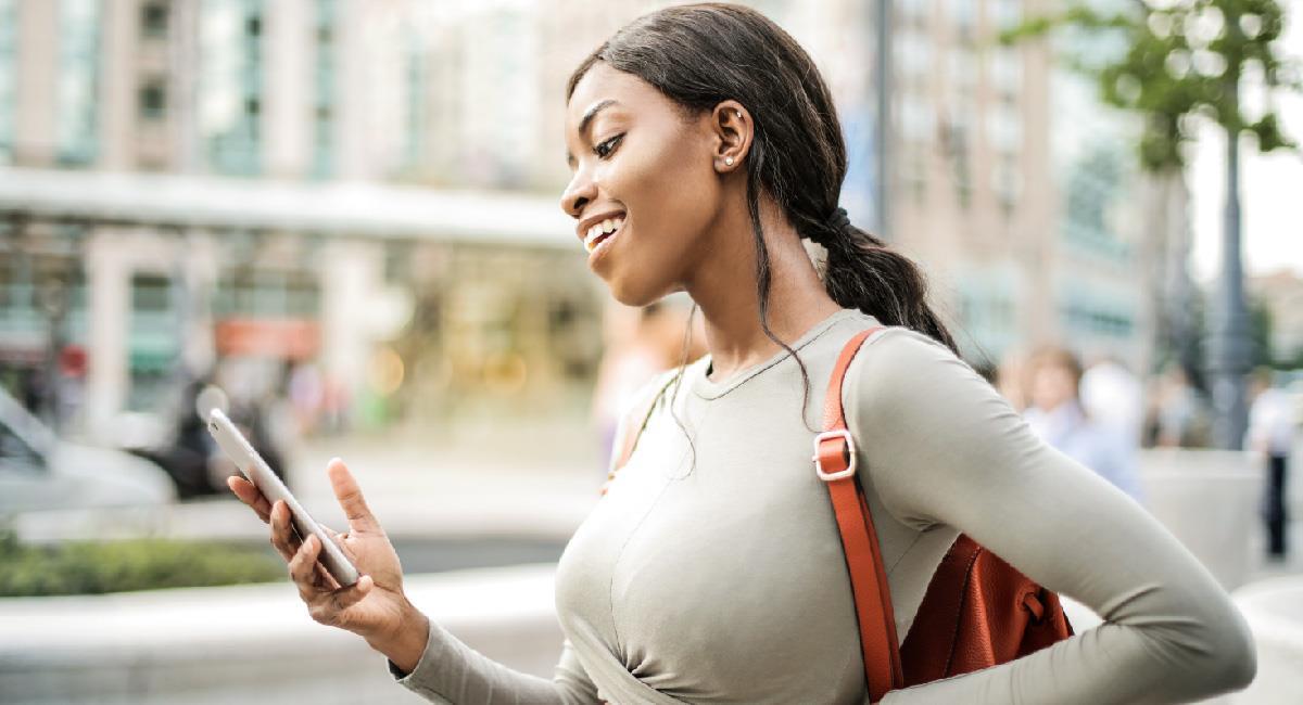 Tinder estaría probando las citas por videollamada