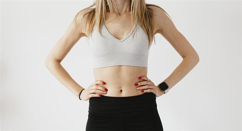 Tik Tok: Reto asiático busca aplanar y definir tu abdomen. Foto: Pexels