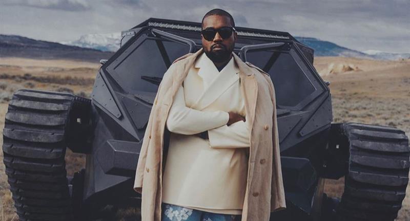 Kanye West orina en un Grammy como protesta contra discográficas. Foto: Instagram @kimkardashian