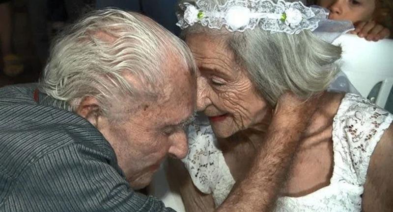 Abuelita de 96 años se enamora en un asilo y se casa. Foto: Facebook