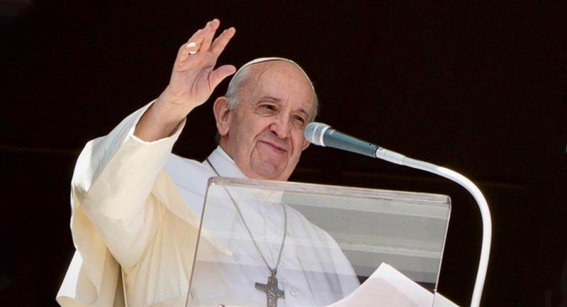 Vaticano investiga el 'like' del Papa Francisco a modelo. Foto: Instagram @franciscus