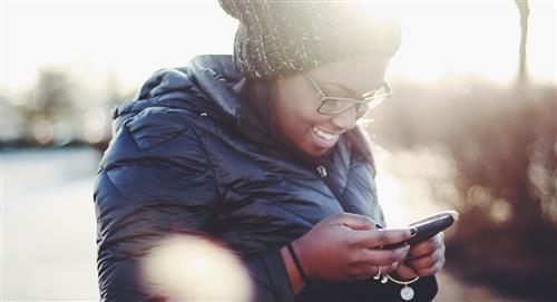 Mensajes para enviar por WhatsApp en Navidad a alguien que está lejos