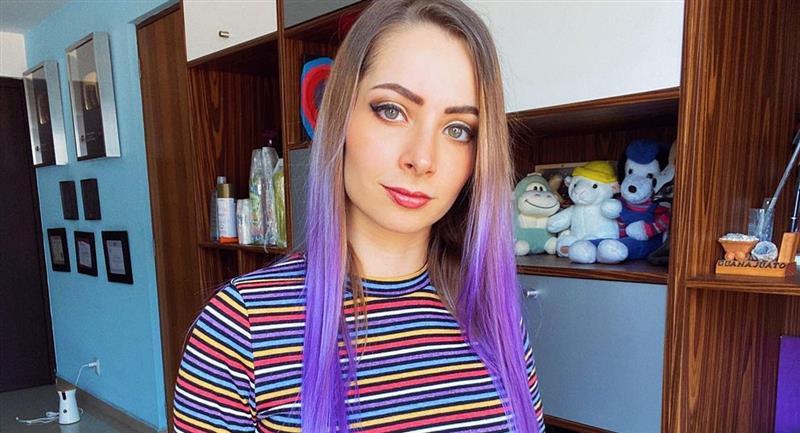 Denuncian a YosStop por difundir videos de una menor