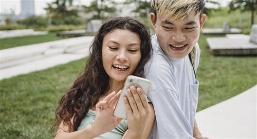 ¿Cómo evitar que las redes sociales afecten tu relación?