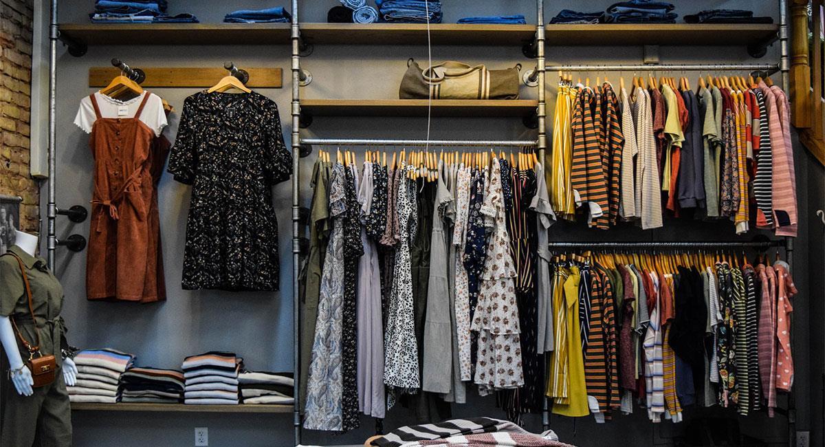 Aprende a crear tu propia línea de ropa. Foto: Unsplash